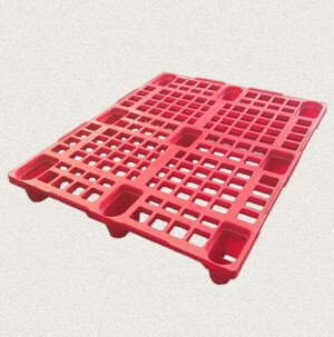plastic material pallets