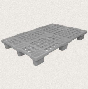 plastic pallet with boards